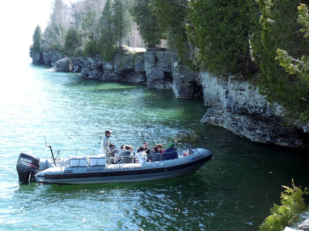 Cave Point Boat Tours